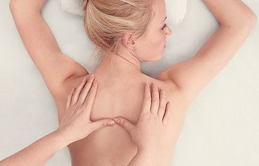 Treatment: Osteopathy, hands osteopath and patient
