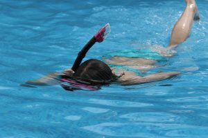 pool-1653639_1920