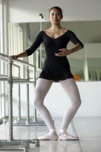 classical ballet en dehors technique exercise