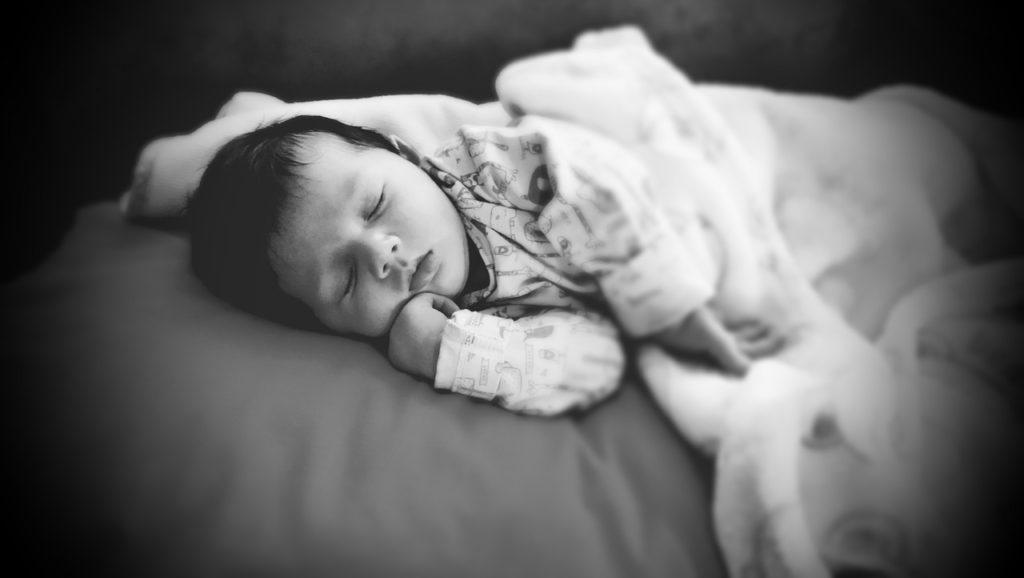 baby sleeping problem new born sleep difficulty